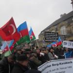 1900Unsere Demonstration gegen Völkermord und für Berg-Karabach im Jahr 2013.