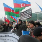 1903_Unsere Demonstration gegen Völkermord und für Berg-Karabach im Jahr 2013.